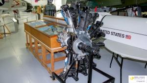 Wright R-1820 Cyclone 9 (Cutaway)